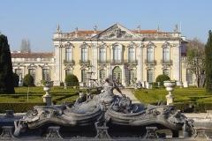 795px-queluz_palace_fountains